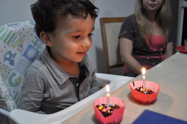 Cupcakes da mamãe para as velinhas e o parabéns